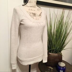 BANANA REPUBLIC Shimmery Cream Wool Blend Sweater